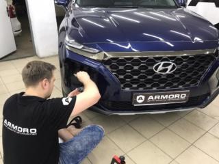 Hyundai Santa Fe - оклейка фар и ПТФ тонирующей бронеплёнкой «POLOR»