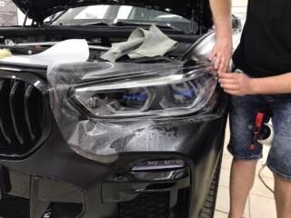 BMW X5 - бронирование оптики полиуретановой плёнкой «SunTek PPF»