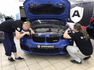 BMW X1 - бронирование оптики полиуретановой тонированной плёнкой «STEK»